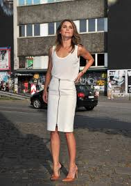 Keri Russell Well Played Keri Russell In The Row And Belstaff Go Fug Yourself