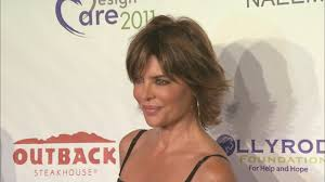 Lisa Rinna Hairstyles Lisa Rinna Changes Her Hair For First Time In 20 Years Shows Off