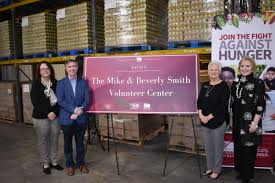 Mike and Beverly Smith make $500,000 commitment to Lowcountry Food Bank    Trident United Way
