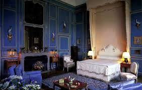 Denning And Fourcade Interior Images | Lady Baillieu0027s Bedroom At Leeds  Castle