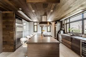 Wood ceiling kitchen Reclaimed Wood Make No Mistake Wood Is Not Only For Rustic Decor By Adding It To Strategic Locations backsplash Island Ceiling And Depending On The Chosen Wood Solu Hardwood Wooden Ceilings And Walls Styles To Discover For Your Kitchen