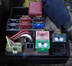 3vze fuses yotatech forums yeah you don t pull it like an ordinary fuse it s actually 80a and it s located behind the battery in the fuse box there