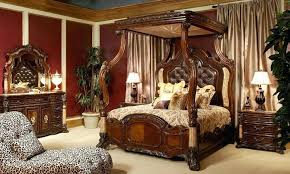 Rooms To Go King Canopy Bed Set : Sourcelysis - 5 Star Hotel Wannabe ...