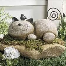 Hand Painting Flowers & Fairies on Garden Rocks   Rock art, Rock and Stone
