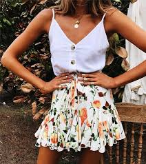 She's the <b>Curly</b> Girl in <b>2019</b> | Fashion, <b>Outfits</b>, <b>Summer outfits</b>