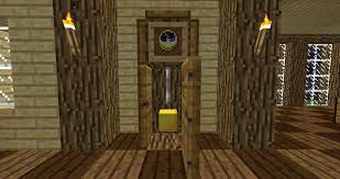 the minecraft grandfather clock you can also substitute the gold block head with an item frame and gold block instead