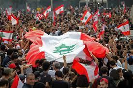 """بالصور.. الآلاف في مظاهرات تطالب بـ""""إسقاط النظام"""" في لبنان - CNN Arabic"""