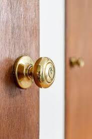 How to replace modern doorknobs with antique doorknobs Hippo