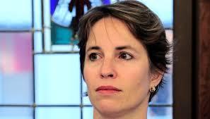 Miriam Blocher trotzt in Basel seit Jahren erfolgreich allen Anti-Blocher Reflexen. Aus dem jüngsten Trubel rund um die Basler Zeitung hielt sich die ... - warum-miriam-blocher-in-basel-akzeptiert-ist-117802471