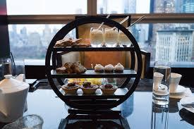 round high tea stand