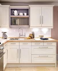 shaker kitchen cabinets ice white