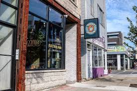 With independent roasters and cafes as numerous in certain neighborhoods as bars—we're looking at you, logan. Best Coffee Shops In Chicago Suburbs George S Blog