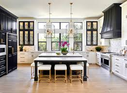 8 foot ceilings what size pendants