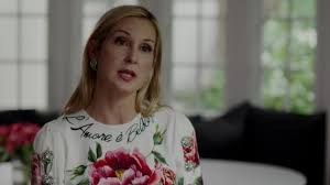 The floral dress from Dolce & Gabbana worn by Melissa Daniels (Kelly  Rutherford) in Dynasty S02E03 | Spotern