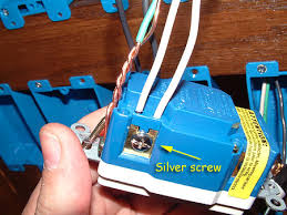 how to replace a standard 5 wire outlet gfci doityourself gfci white jpg views 864 size 49 4 kb
