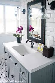 bathroom decor. Delighful Bathroom 3 The Classic Black And White Theme Inside Bathroom Decor O