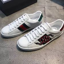 gucci shoes black snake. home / shoes gucci ace embroidered snake low top sneaker black i