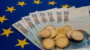 The euro symbol is €. The Euro In 2019 Stable But Very Hard To Love Financial Times