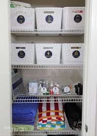 using labels to items in a linen closet