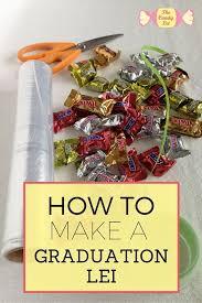 how to make a graduation lei