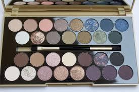 <b>Makeup Revolution</b> Fortune Favours The Brave <b>30</b> Eyeshadow ...