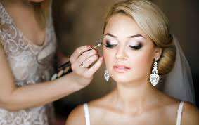 look drop dead gorgeous on your wedding day by following few wedding makeup tips