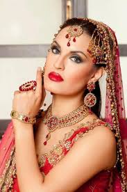Nadia Hussain In Stylish Bridal Dress. - nadia%2Bhussain%2Bin%2Bbridal%2Bdresses1