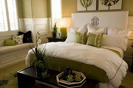 Feng Shui Bedroom Decorating Ideas
