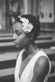 10 Idées De Coiffures De Mariée Aux Cheveux Afro Rose