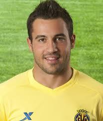 Nachname: <b>Perez Martinez</b>. Position: Abwehr. Rückennummer: 2 - 56409_1339_201191217126560