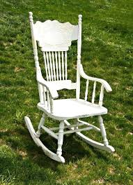 identifying old rocking chairs vintage rocking chair identifying old rocking chairs furniture old rocking chair no