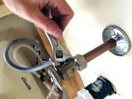 replace bathtub faucet single handle replace fixing leaking bathtub faucet single handle