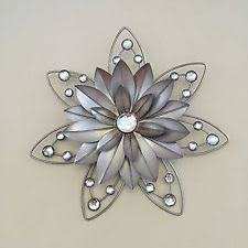 stunning 30cm flower diamante jewelled 3d rustic metal wall art decor hanging on jewelled metal tulip wall art with metal flower wall art ebay