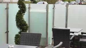 Windschutz Und Sichtschutz Aus Glas F R Die Terrasse Youtube
