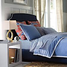love this chambray bedding never ever ending mix and matching possibilities i love how they broke up the set and used gingham sheets and toile shams