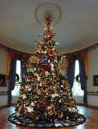 Take a tour of 12 White House Christmas trees | MNN - Mother ...