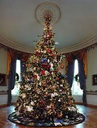 Take a tour of 12 White House Christmas trees | MNN - Mother ...