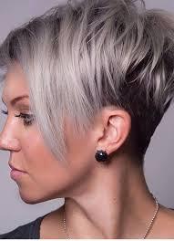 trendy korte kapsels grijs haar