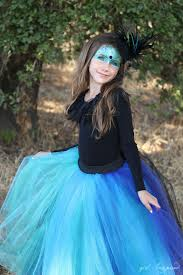 make this dramatic tutu for a simple but stunning pea costume