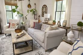 Modern Farmhouse Living Room: Home Decor Style Swap