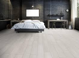 la01 ter hürne oak white grey laminate wide plank bedroom