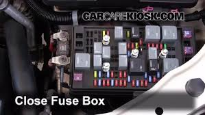 replace a fuse chevrolet colorado chevrolet 6 replace cover secure the cover and test component