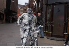 london uk march 10 2018 living statue a street artist