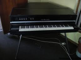 yamaha keyboard piano. yamaha cp70 electric grand piano keyboard