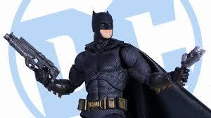 Mafex <b>Justice League BATMAN DC</b> Action Figure Review ...