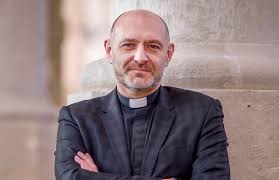 BISHOP TO LICENSE NEW ARCHDEACON OF THE ISLE OF WIGHT - Island Echo - 24hr  news, 7 days a week across the Isle of Wight