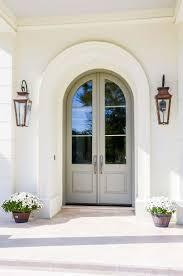 Stunning Italianates frame this front door #Bevolo #Exterior #lighting