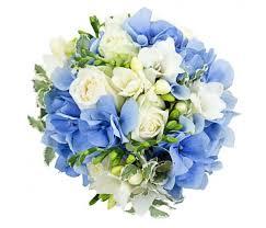 Букет невесты из голубой гортензии - купить по лучшей цене в цветочном  салоне FeyaFlora