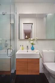 5 reasons your bathroom smells bad