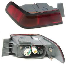 97 Toyota Camry Brake Light Well Auto Tail Light Assembly With Harness And Bulb L Camry 97 99 Driver Side